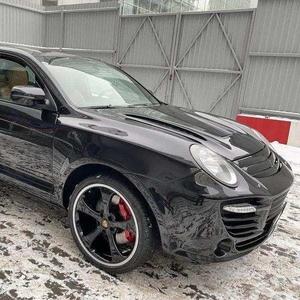 Продаю автомобиль Porsche Cayenne Turbo S