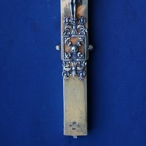 Старинный напрестольный  крест-мощевик. Серебро