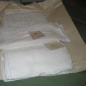 одеяла,  наволочки, простыни,  полотенца