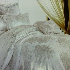Элитные постельное белье с кристаллами Swarovski