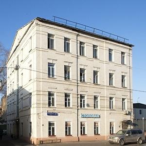Комната 50 м² в > 9-к,  2/4 эт.