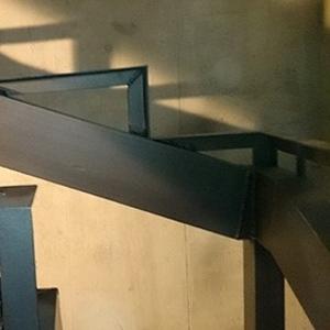Изготовление металлических каркасов для лестниц